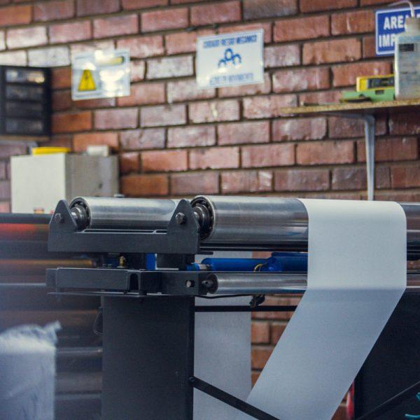 medical-paper-machine-papel-industrial-medico-painmed-bogota-colombia-19-empresa