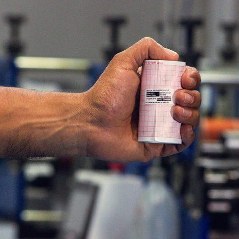 oficina-painmed-52-papeles-industriales-medicos-papel-termico-uso-medico-rollo-punto-fabrica-bogota-colombia-industria-fabricacion-work